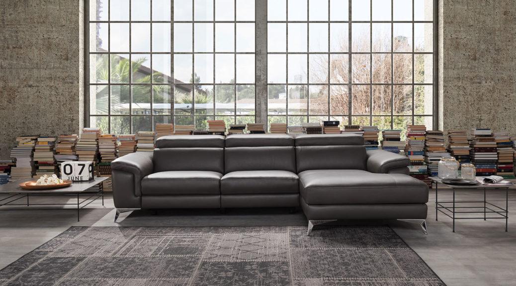 Promo divani sconti fino al 70 sui divani in mostra for Sconti divani